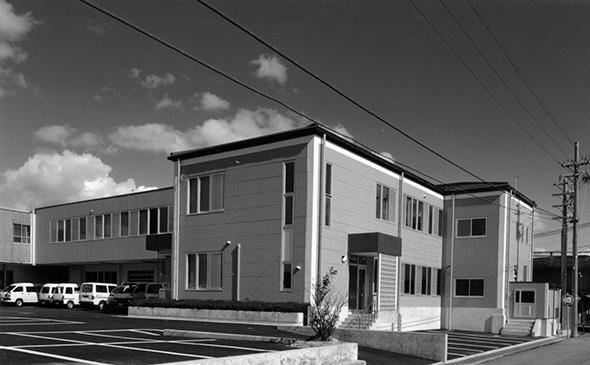 創業当時の社屋 Company building at the time of establishment YURI CO.,LTD.