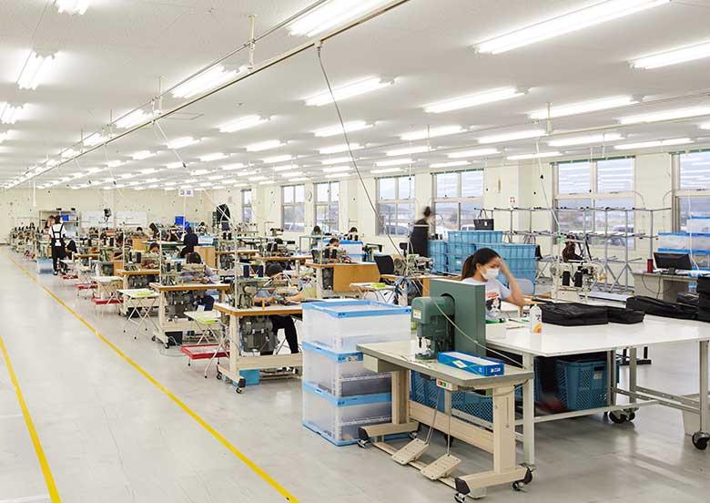 工場作業風景 YURI CO.,LTD.